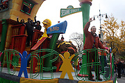 26 November 2009, NY, NY- Sesame Street Float at The 2009 Macy's Day Parade held on November 26, 2009 in New York City. Terrence Jennings/Sipa