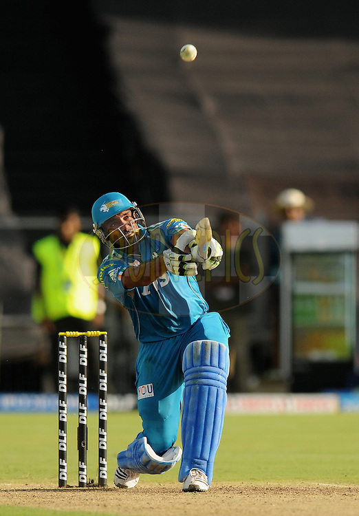 Robin Uthappa of Pune Warriors India bats during match 31 of the Indian Premier League ( IPL) 2012  between The Pune Warriors India and the Delhi Daredevils held at the Subrata Roy Sahara Stadium, Pune on the 24th April 2012..Photo by Pal Pillai/IPL/SPORTZPICS.
