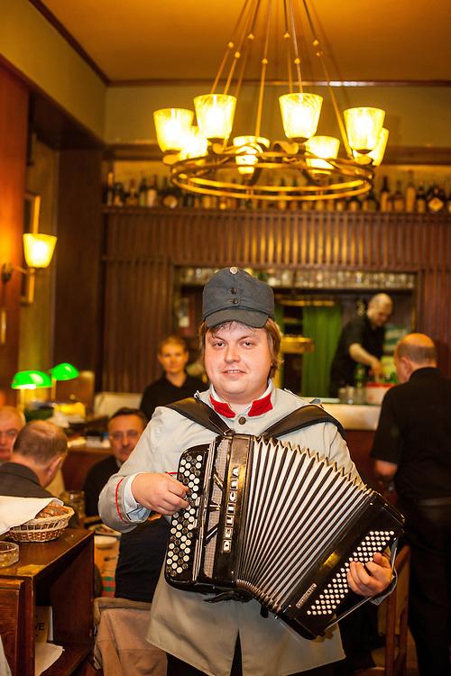 "Das Schwejk Restaurant ""U Kalicha"" in Prag."