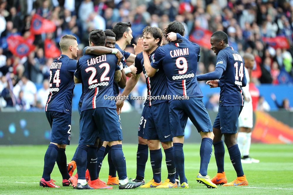 Joie PSG - 25.04.2015 - Paris Saint Germain / Lille - 34eme journee de Ligue 1<br />Photo : Nolwenn Le Gouic / Icon Sport