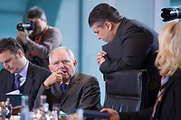 13 JAN 2016, BERLIN/GERMANY:<br /> Wolfgang Schaeuble (L), CDU, Bundesfinanzminister, und Sigmar Gabriel (R), SPD, Bundeswirtschaftsminister, im Gespraech, vor Beginn einer Kabinettsitzung, Budneskanzleramt<br /> IMAGE: 20160113-01-020<br /> KEYWORDS: Kabinett, Sitzung, Wolfgang Sch&auml;uble, Gespr&auml;ch
