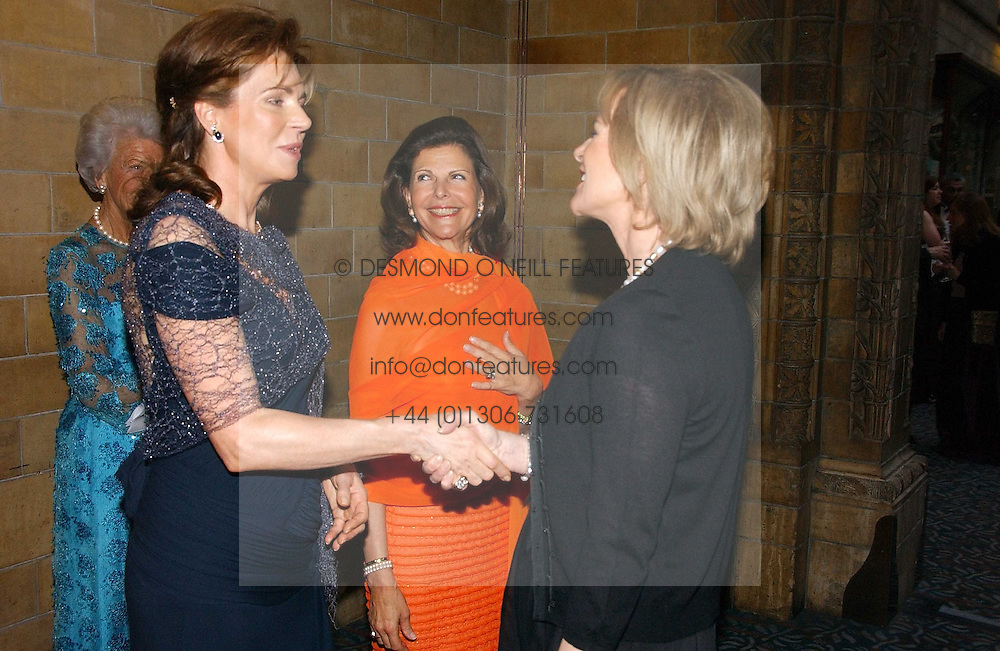 Left to right, HM QUEEN NOOR OF JORDAN, HM QUEEN SILVIA OF SWEDEN and PRINCESS ANNI-FRID REUS VON PLAUEN she was Frida from pop group ABBA  at a gala dinner in the presence of HM Quenn Silvia of Sweden and HM Queen Noor of Jordan in aid of the charity Mentor held at the Natural History Museum, Cromwell Road, London on 23rd May 2006.<br />
