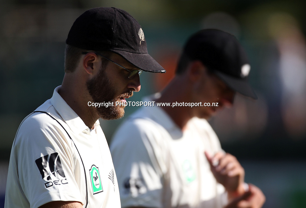 New Zealand captain Daniel Vettori leaves the field at the end of Day 2 of the 1st test match.  New Zealand Black Caps v Pakistan, Test Match Cricket. Seddon Park, Hamilton, New Zealand. Saturday 8 January 2011. Photo: Andrew Cornaga/photosport.co.nz