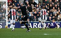 Photo: Steve Bond/Richard Lane Photography. West Bromwich Albion v Newcastle United. Barclays Premiership. 07/02/2009. Damien Duff scores the opener