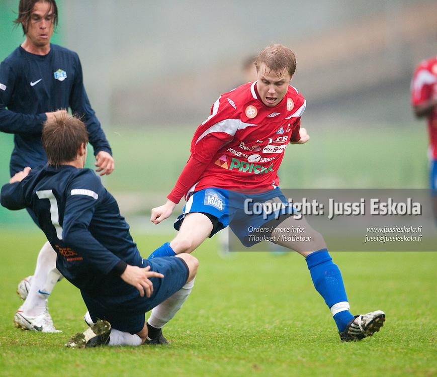 Mikko Barsk. FC Espoo - PS Kemi Kings. Ykkönen. Leppävaara 11.9.2010. Photo: Jussi Eskola