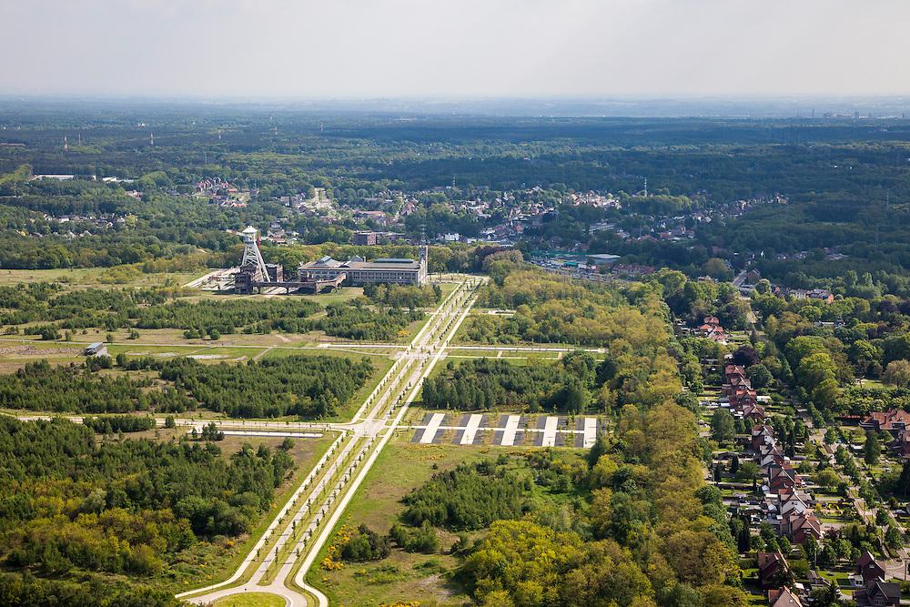 Nederland, Belgie, Genk, 27-05-2013; Koolmijn Andre Dumont - beter bekend als steenkoolmijn van Waterschei.<br /> <br /> QQQ<br /> luchtfoto (toeslag op standaardtarieven);<br /> aerial photo (additional fee required);<br /> copyright foto/photo Siebe Swart.