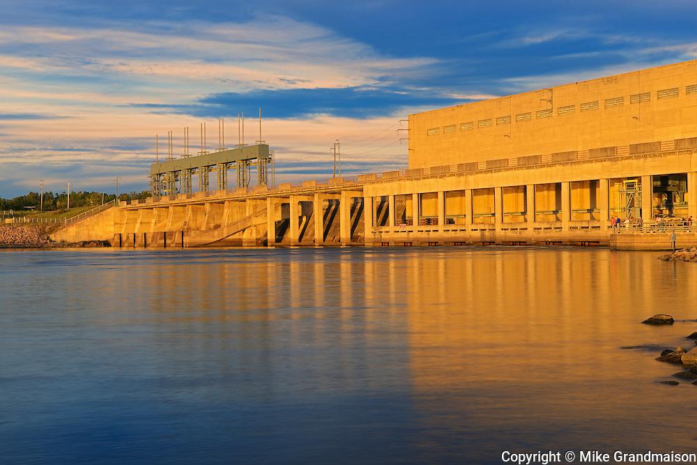 Hydro electric dam on the Winnipeg River<br /> Pine Falls<br /> Manitoba<br /> Canada