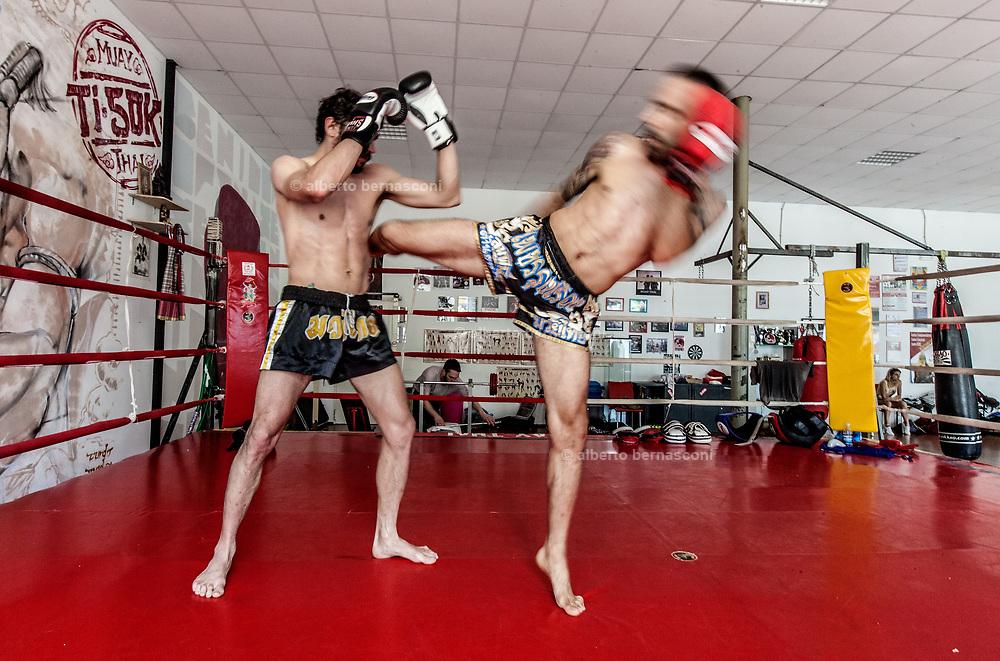 Vicenza, Palestra Indipindiente , allenamenti di Muay Thai
