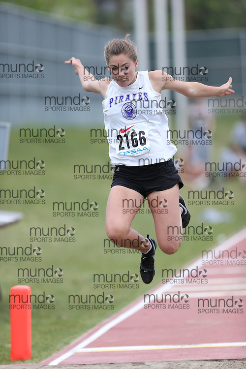 Kasey Andrews of Thousand Islands SS - Brockvil competes in the junior girls long jump at the 2013 OFSAA Track and Field Championship in Oshawa Ontario, Thursday,  June 6, 2013.<br /> Mundo Sport Images / Sean Burges