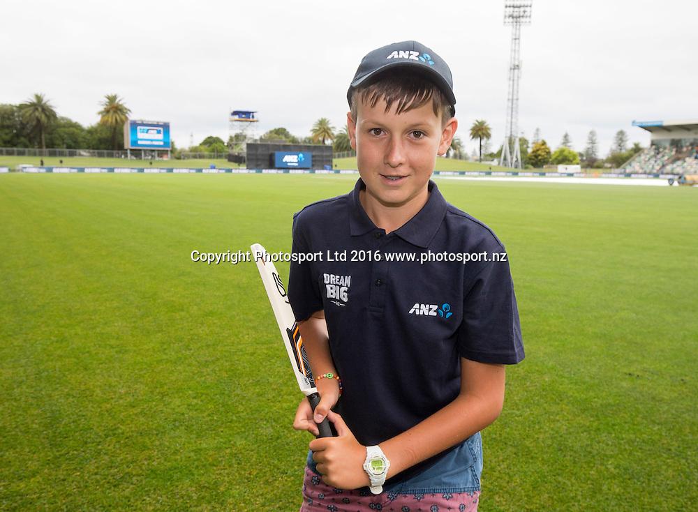 ANZ coin toss winner, Hamish James, ODI Cricket, Black Caps v Pakistan, McLean Park, Napier, New Zealand. Thursday, 28 January, 2016. Copyright photo: John Cowpland / www.photosport.nz
