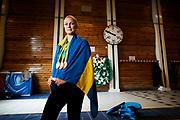 STOCKHOLM 2016-11-28<br /> SARAH SJ&Ouml;STR&Ouml;M POSERAR F&Ouml;R ETT PORTR&Auml;TT MED SINA OS-MEDALJER I TORVALLA SIMHALL<br /> Foto: Nils Petter Nilsson/Ombrello