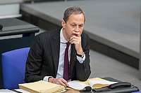 08 NOV 2018, BERLIN/GERMANY:<br /> Hendrik Hoppenstedt, CDU, Staatsminister fuer die Bund-Länder-Beziehungen, Bundestagsdebatte zum sog. Global Compact fuer Migration, Plenum, Deutscher Bundestag<br /> IMAGE: 20181108-01-048<br /> KEYWORDS: Sitzung