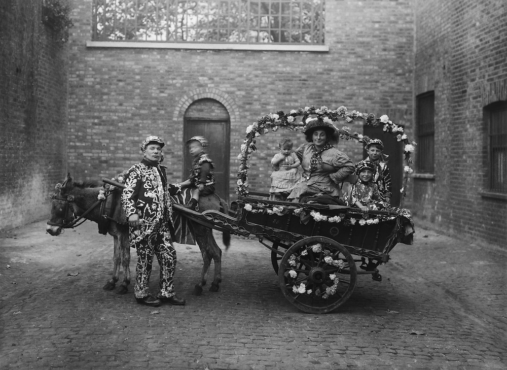 """""""Pearlies,"""" Mr. Brinkman and Family, England, 1922"""