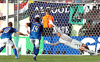 Photo: AF Wrofoto/Sportsbeat Images.<br />Italy v Australia. 2nd Round, FIFA World Cup 2006. 26/06/2006.<br />Francesco Totti (L) scores the penalty for Italy.