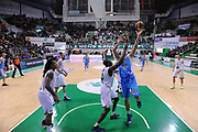 DESCRIZIONE : Siena Lega A 2012-13 Montepaschi Siena Vanoli Cremona<br /> GIOCATORE : Stipanovic Andrija <br /> CATEGORIA : special rimbalzo<br /> SQUADRA : Vanoli Cremona<br /> EVENTO : Campionato Lega A 2012-2013 <br /> GARA :  Montepaschi Siena Vanoli Cremona<br /> DATA : 10/12/2012<br /> SPORT : Pallacanestro <br /> AUTORE : Agenzia Ciamillo-Castoria/GiulioCiamillo<br /> Galleria : Lega Basket A 2012-2013  <br /> Fotonotizia : Siena Lega A 2012-13 Montepaschi Siena Vanoli Cremona<br /> Predefinita :