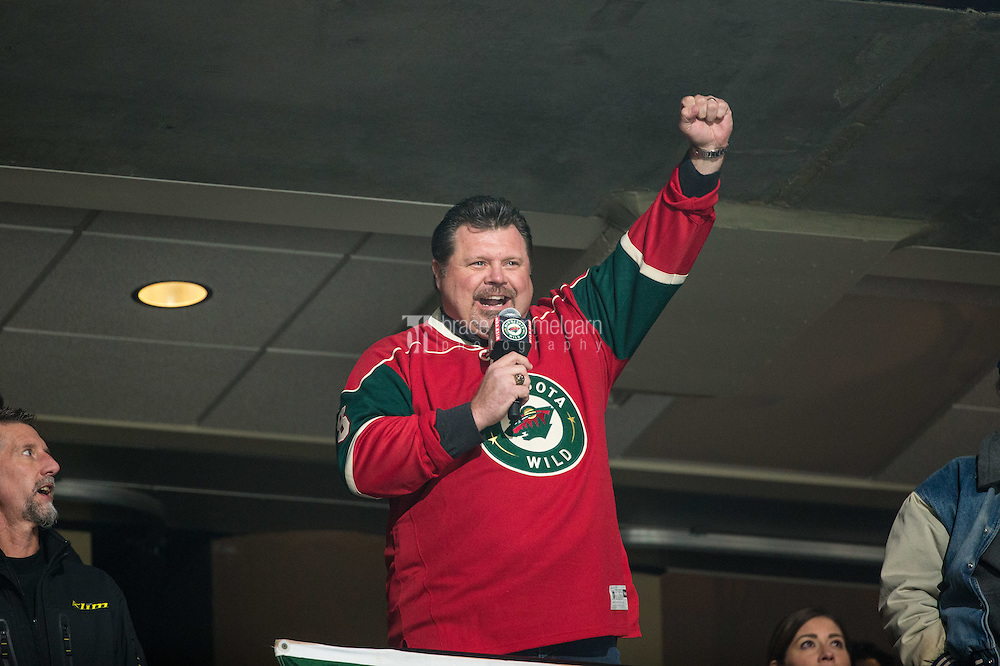 Dec 13, 2016; Saint Paul, MN, USA; Former Minnesota Twins infielder Ron Coomer announces 'Let's Play Hockey' against the Florida Panthers at Xcel Energy Center. The Wild defeated the Panthers 5-1. Mandatory Credit: Brace Hemmelgarn-USA TODAY Sports