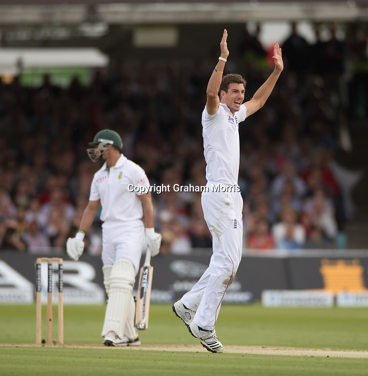 Steven Finn appeals in vain for the lbw of Alviro Petersen during the third and final Investec Test Match between England and South Africa at Lord's Cricket Ground, London. Photo: Graham Morris (Tel: +44(0)20 8969 4192 Email: sales@cricketpix.com) 16/08/12