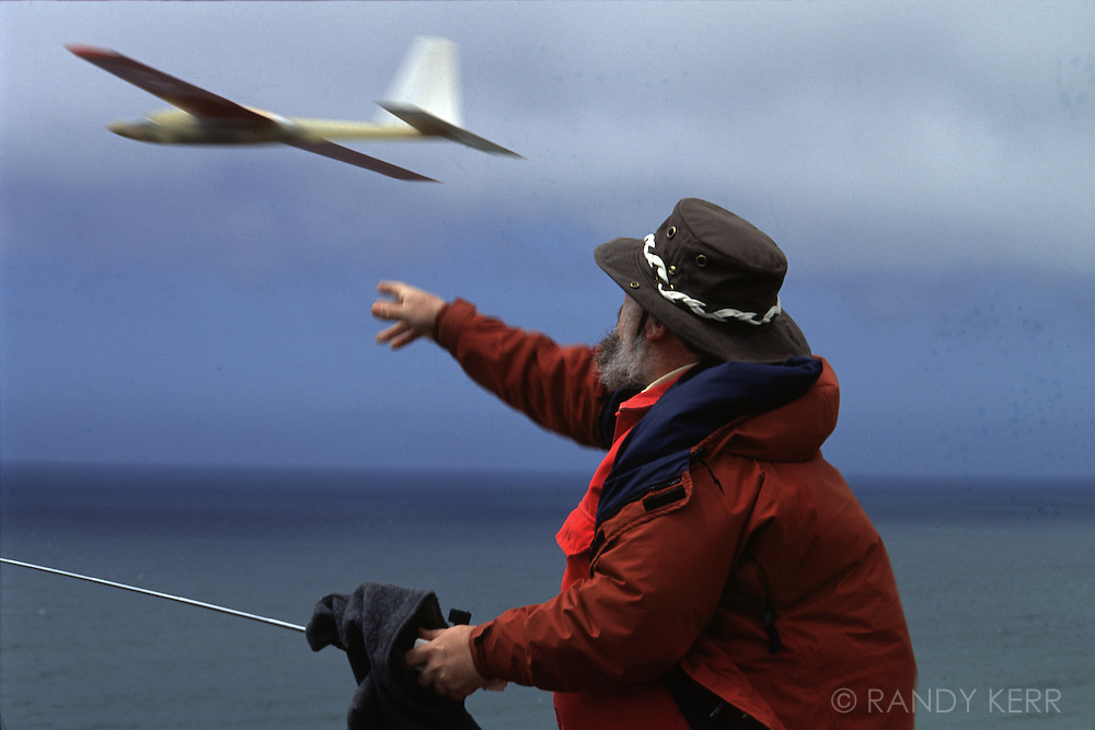 Radio controlled glider launch