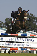 William Fox-Pitt on Ballincoola. The Land Rover Burghley Horse Trials. 4 September. ONE TIME USE ONLY - DO NOT ARCHIVE  © Copyright Photograph by Dafydd Jones 66 Stockwell Park Rd. London SW9 0DA Tel 020 7733 0108 www.dafjones.com
