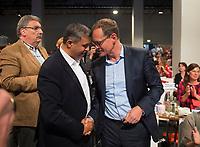 DEU, Deutschland, Germany, Berlin, 02.06.2018: Landesparteitag der Berliner SPD im Hotel Andels. SPD-Fraktionschef Raed Saleh gratuliert Michael Müller, SPD-Landesvorsitzender und Regierender Bürgermeister von Berlin, nach seiner Wahl zum Landesvorsitzenden.