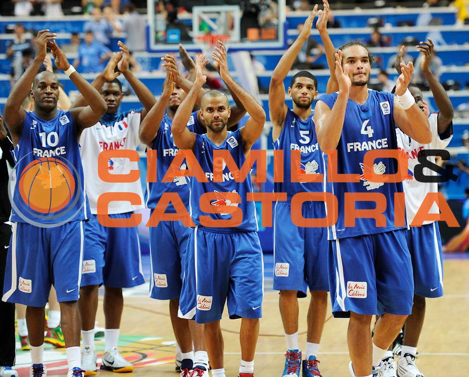 DESCRIZIONE : Vilnius Lithuania Lituania Eurobasket Men 2011 Second Round Lituania Francia Lithuania France<br /> GIOCATORE : team<br /> CATEGORIA : esultanza<br /> SQUADRA : Francia France<br /> EVENTO : Eurobasket Men 2011<br /> GARA : Lituania Francia Lithuania France<br /> DATA : 09/09/2011<br /> SPORT : Pallacanestro <br /> AUTORE : Agenzia Ciamillo-Castoria/JF Molliere<br /> Galleria : Eurobasket Men 2011<br /> Fotonotizia : Vilnius Lithuania Lituania Eurobasket Men 2011 Second Round Lituania Francia Lithuania France<br /> Predefinita :