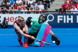 Hollie Pearne-Webb of Great Britain Women beats Cristina Cosentino of Argentina Women in the shoot out during the 2019 Women's FIH Pro League match at Lee Valley Hockey Centre, Stratford<br /> Picture by Simon Parker/Focus Images Ltd <br /> 18/05/2019