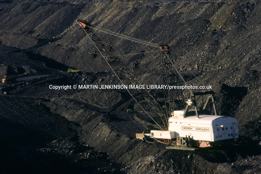 Big Geordie 3,000-tonne walking dragline excavator at Butterwell Opencast mine Morpeth Northumberland ....