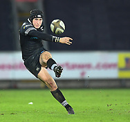 Ospreys' Sam Davies<br /> Photographer Mike Jones/Replay Images<br /> <br /> Guinness PRO14 Round Round 16 - Ospreys v Cheetahs - Saturday 24th February 2018 - Liberty Stadium - Swansea<br /> <br /> World Copyright © Replay Images . All rights reserved. info@replayimages.co.uk - http://replayimages.co.uk