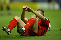 WOLVERHAMPTON, ENGLAND - Wednesday, January 21st, 2004: Liverpool's Michael Owen looked dejected after drawing 1-1 with Wolverhampton Wanderers during the Premiership match at Molineux. (Pic by David Rawcliffe/Propaganda)