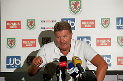 CARDIFF, WALES - Tuesday, August 10, 2010: Wales' manager John Toshack MBE during a press conference at the Vale of Glamorgan ahead of the international friendly match against Luxembourg. (Pic by David Rawcliffe/Propaganda)