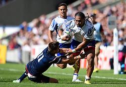 Alesana Tuilagi of Samoa gets past Chris Wyles of the USA - Mandatory byline: Patrick Khachfe/JMP - 07966 386802 - 20/09/2015 - RUGBY UNION - Brighton Community Stadium - Brighton, England - Samoa v USA - Rugby World Cup 2015 Pool B.