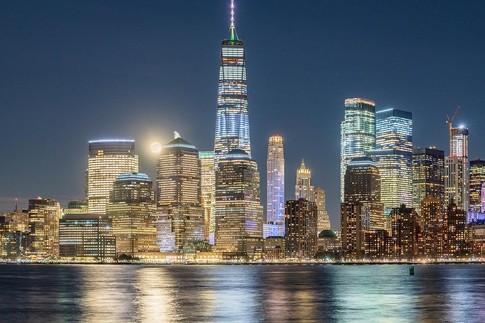 Moonrise, Lower Manhattan SkylineNew York City, NY