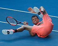 GRIGOR DIMITROV (BUL) stuerzt zu Boden,Grimasse, von oben<br /> <br /> Tennis - Australian Open 2018 - Grand Slam / ATP / WTA -  Melbourne  Park - Melbourne - Victoria - Australia  - 19 January 2018.