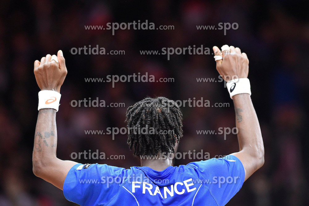 21.11.2014, Stade Pierre Mauroy, Lille, FRA, Davis Cup Finale, Frankreich vs Schweiz, im Bild Gael Monfils (FRA) jubelt // during the Davis Cup Final between France and Switzerland at the Stade Pierre Mauroy in Lille, France on 2014/11/21. EXPA Pictures &copy; 2014, PhotoCredit: EXPA/ Freshfocus/ Valeriano Di Domenico<br /> <br /> *****ATTENTION - for AUT, SLO, CRO, SRB, BIH, MAZ only*****