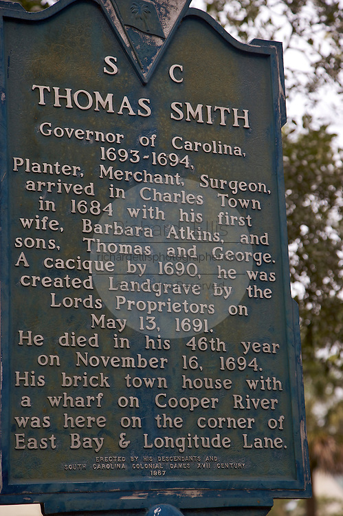 Historic marker at the home of South Carolina Governor Charles Smith in Charleston, SC. Charleston founded in 1670 is considered America's most beautifully preserved architectural and historic city.