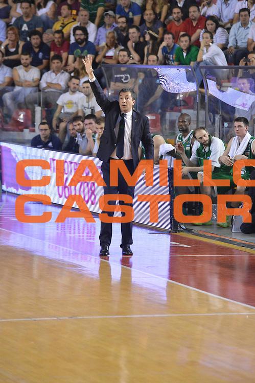 DESCRIZIONE : Roma Lega A 2012-2013 Acea Roma Montepaschi Siena  playoff finale gara 2<br /> GIOCATORE : Luca Banchi<br /> CATEGORIA : Schema<br /> SQUADRA : Montepaschi Siena<br /> EVENTO : Campionato Lega A 2012-2013 playoff finale gara 2<br /> GARA : Acea Roma Montepaschi Siena <br /> DATA : 13/06/2013<br /> SPORT : Pallacanestro <br /> AUTORE : Agenzia Ciamillo-Castoria/GiulioCiamillo<br /> Galleria : Lega Basket A 2012-2013  <br /> Fotonotizia : Roma Lega A 2012-2013 Acea Roma Montepaschi Siena  playoff finale gara 2