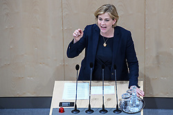 "27.05.2019, Hofburg, Wien, AUT, Sondersitzung des Nationalrates, Sitzung des Nationalrates aufgrund des Misstrauensantrags der Liste JETZT, FPOE und SPOE gegen Bundeskanzler Sebastian Kurz (OeVP) und die Bundesregierung, im Bild Beate Meinl Reisinger (NEOS) // during special meeting of the National Council of austria due to the topic ""motion of censure against the federal chancellor Sebastian Kurz (OeVP) and the federal government"" at the Hofburg in Wien, Australia on 2019/05/27. EXPA Pictures © 2019, PhotoCredit: EXPA/ Lukas Huter"