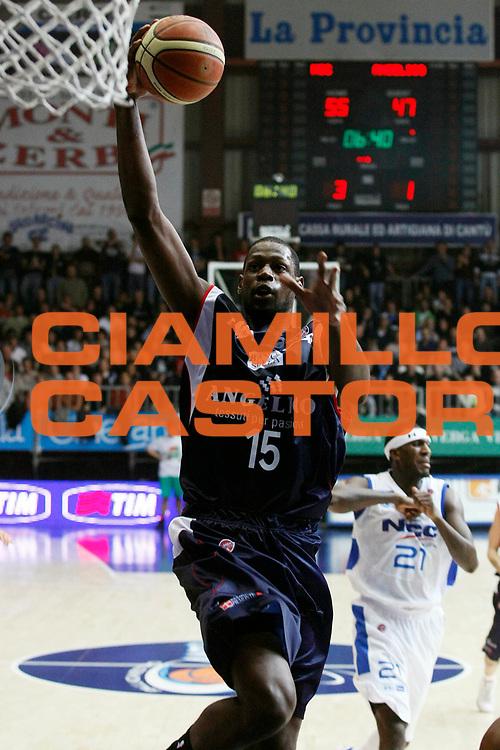 DESCRIZIONE : Cantu Lega A1 2008-09 NGC Cantu Angelico Biella<br /> GIOCATORE : James Gist<br /> SQUADRA : Angelico Biella<br /> EVENTO : Campionato Lega A1 2008-2009<br /> GARA : NGC Cantu Angelico Biella<br /> DATA : 14/12/2008<br /> CATEGORIA : Tiro<br /> SPORT : Pallacanestro<br /> AUTORE : Agenzia Ciamillo-Castoria/G.Cottini