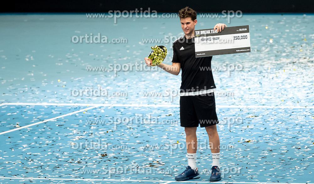 23.10.2016, Stadthalle, Wien, AUT, ATP Tour, Erste Bank Open, Tie Break Tens, Finale, im Bild Dominc Thiem (AUT) // Dominc Thiem of Austria celebrating after the final match of the Tie Break Tens of Erste Bank Open of ATP Tour at the Stadthalle in Vienna, Austria on 2016/10/23. EXPA Pictures © 2016, PhotoCredit: EXPA/ Sebastian Pucher