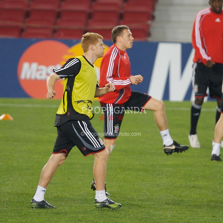 Barcelona, Spain - Tuesday, February 20, 2007: Liverpool's Craig Bellamy and John Arne Riise training ahead of the UEFA Champions League First Knockout Round 1st Leg match against FC Barcelona at the Nou Camp. (Pic by David Rawcliffe/Propaganda)