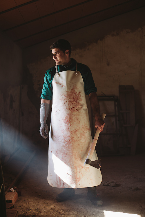 Antonio Blás, Matarife (slaughterman), Finca Al Cornocal, Extramadura (Barajoz Province), Spain.