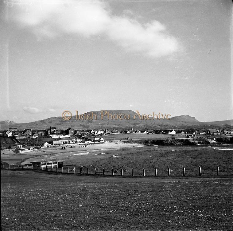 Views - Bundoran, Co. Donegal.06/06/1957