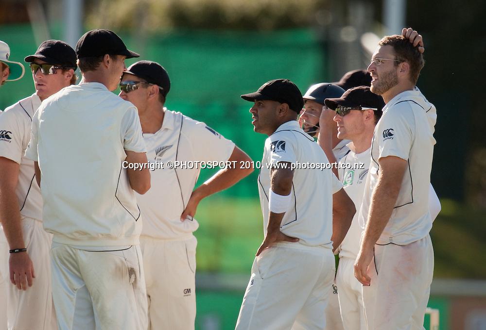 Daniel Vettori celebrates his lbw dismissal of RJ Harris during day one of the 2nd cricket test match between NZ Black Caps and Australia, at Seddon Park, Hamilton, 27 March 2010. Photo: Stephen Barker/PHOTOSPORT