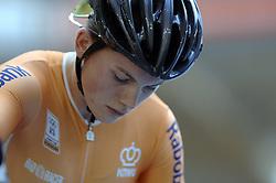 29-12-2006 WIELRENNEN: NK BAANRENNEN 2006: ALKMAAR<br /> Willy Kanis Nederlands Kampioen 3 x Nederlands Kampioen<br /> ©2006-WWW.FOTOHOOGENDOORN.NL