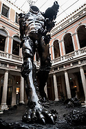 """Venezia - Palazzo Grassi . La mostra di Damien Hirst: """"Tresaures from the Wreck of Unbelievable. """"Demon whit Bowl """"."""