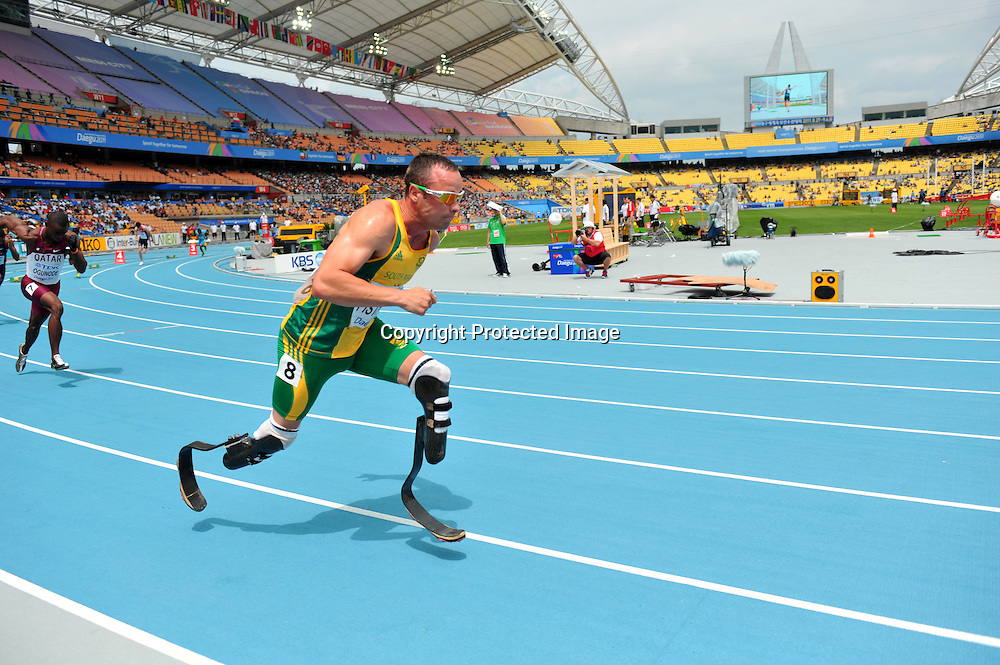 Oscar Pistorius (RSA),..AUGUST 28, 2011 - Athletics :The 13th IAAF World Championships in Athletics - Daegu 2011, Men's 400m Round 1 at the Daegu Stadium, Daegu, South Korea. (Photo by Jun Tsukida/AFLO SPORT) [0003]