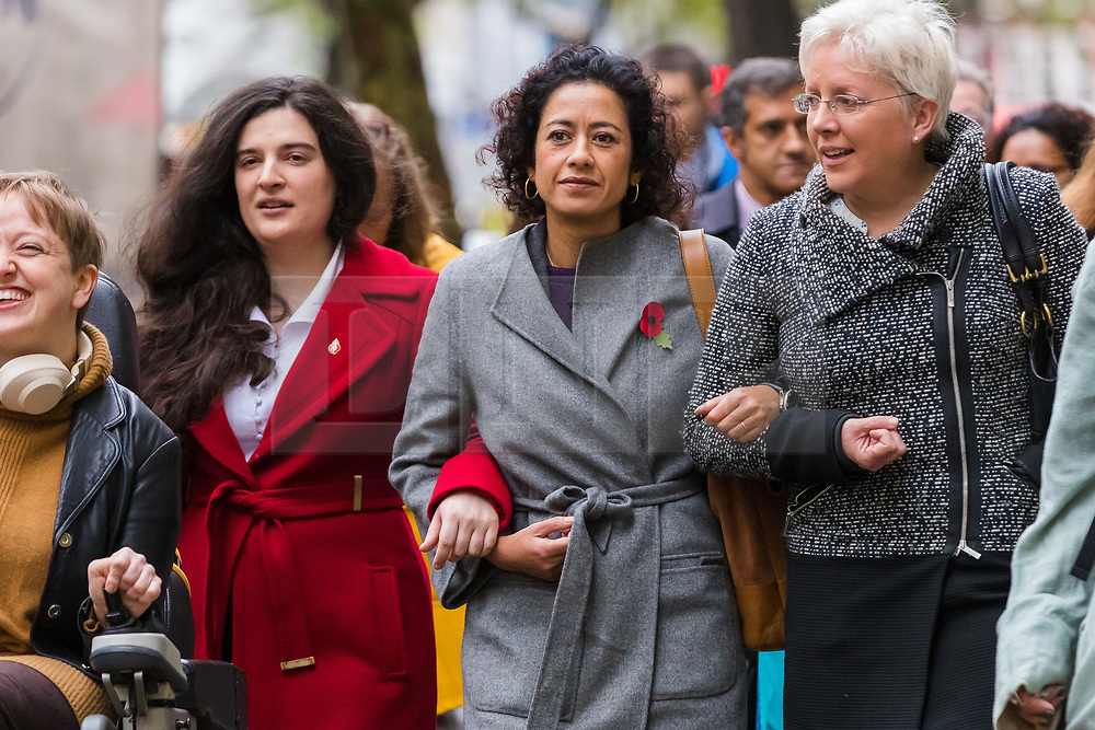 © Licensed to London News Pictures. 01/11/2019. London, UK. Television presenter, Samira Ahmed (C) with her supporters, including BBC journalist Carrie Gracie (R), arrives at the Central London Employment Tribunal to attend an equal pay case hearing against the BBC. Samira Ahmed, who presents Newswatch on BBC One and Radio 4's Front Row claims she was paid less than male colleagues for doing equivalent work under the Equal Pay Act. Photo credit: Vickie Flores/LNP