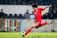 20120103: GUIMARAES, PORTUGAL - Portuguese League Cup, 3rd Stage, Round 1: VSC Guimaraes vs SL Benfica. <br /> In photo: Witsel.<br /> PHOTO: CITYFILES