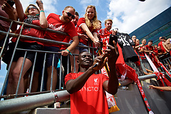 ANN ARBOR, USA - Friday, July 27, 2018: Liverpool's Sadio Mane takes a selfie with a supporter's iPhone after a training session ahead of the preseason International Champions Cup match between Manchester United FC and Liverpool FC at the Michigan Stadium. (Pic by David Rawcliffe/Propaganda)