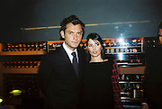 Jude Law and Sadie Frost. Gilda's Club party. Isola. London. 5/2/01 © Copyright Photograph by Dafydd Jones 66 Stockwell Park Rd. London SW9 0DA Tel 020 7733 0108 www.dafjones.com